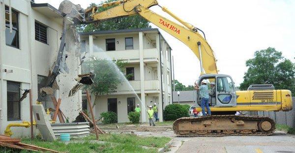 Ý nghĩa của lễ phá dỡ nhà